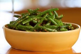 a cup of green beans