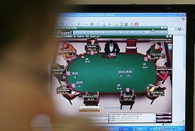 addict playing online poker